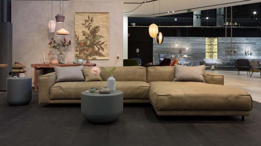 Achtung große Ausmaße! Lounge-Sofas wie freistil136 können nicht in jeden Haushalt geliefert werden.