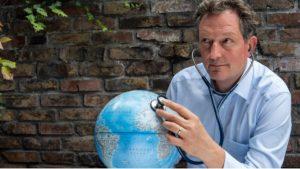 Dr. Eckart von Hirschhausen im FOCUS Online-Interview -Bild von © Julian Engels